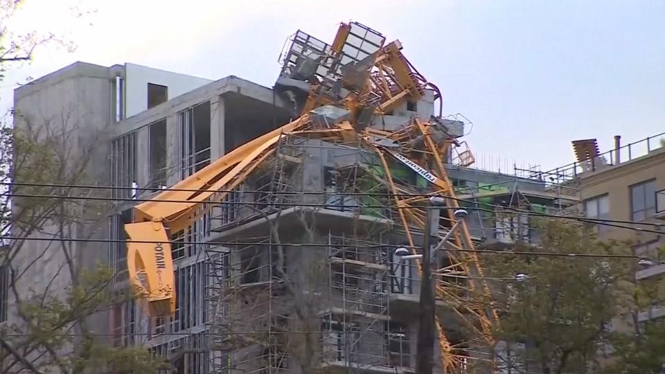 halifax crane collapse