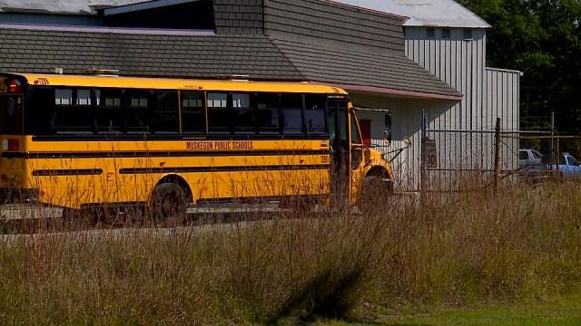 Parents outraged after bus driver allegedly deserts kids