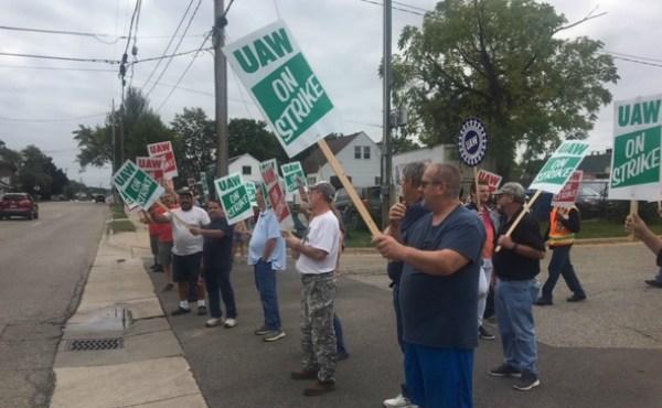 wyoming gm plant uaw strikers