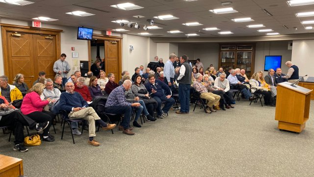 Lakeshore homeowners express desperation at meeting
