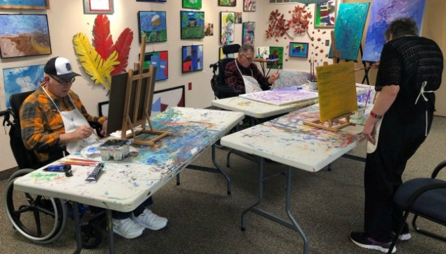 Thumbs Up Gallery helps patients communicate via canvas