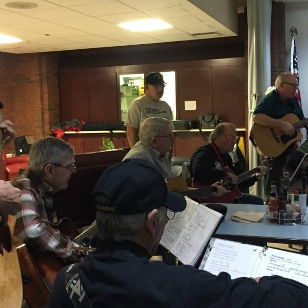 grand rapids home for veterans guitar lessons