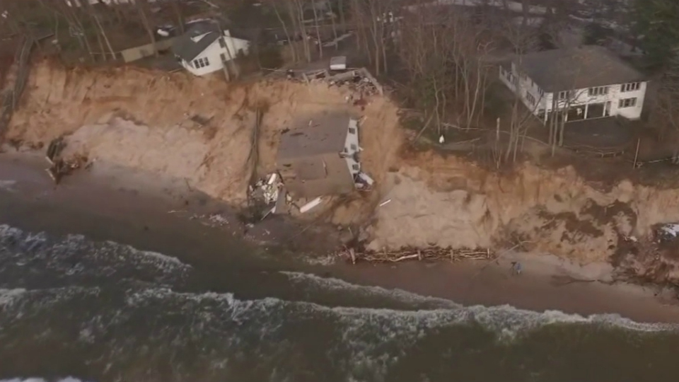 white river township house collapse