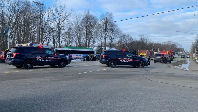 Authorities on scene of a crash involving a Rapid bus in Grand Rapids Wednesday, Feb. 19, 2020.