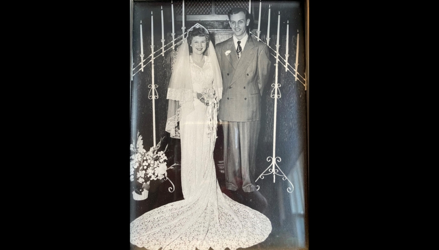 Harold and Arlene DeGroot's wedding picture.