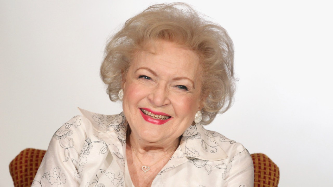 Betty White to star in Lifetime Network Christmas movie at age 98