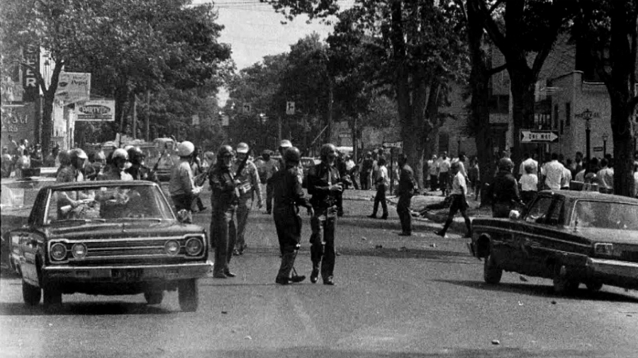 A photo of the 1967 riot in Grand Rapids.