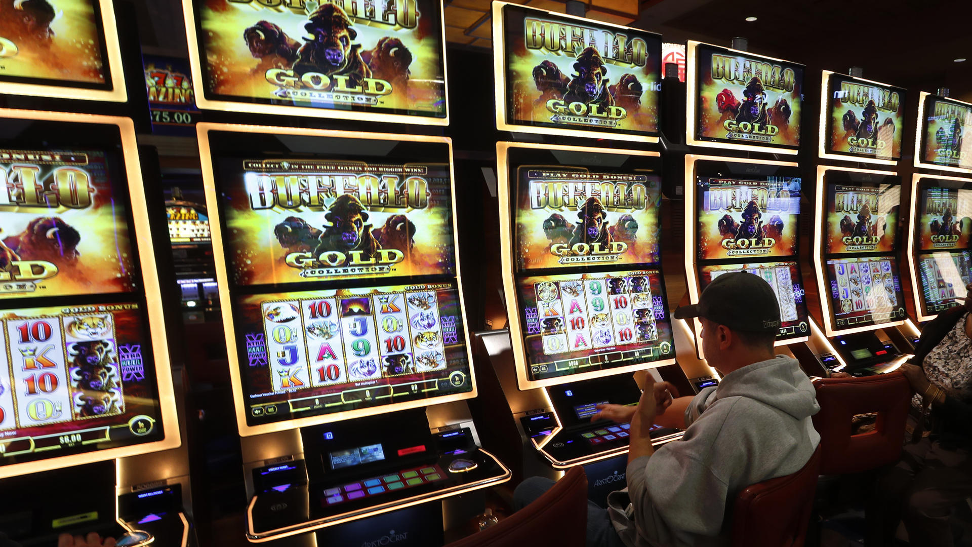 Announcement expected 'very soon' for online gambling   WOODTV.com