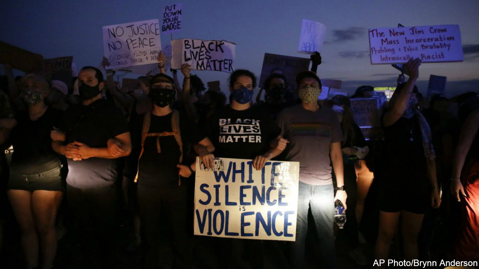 Protesters in US call attention to deaths of more black men | WOODTV.com