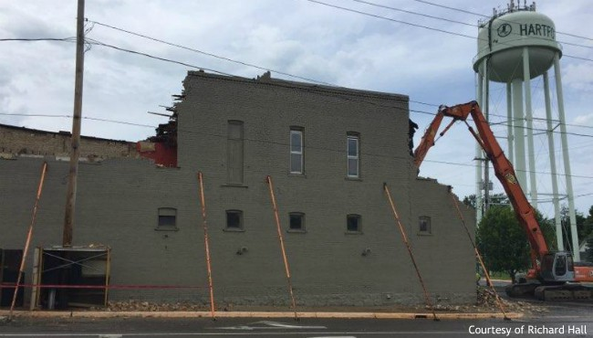 Crews working to tear down a partially collapsed building in Hartford. (Courtesy of Richard Hall)