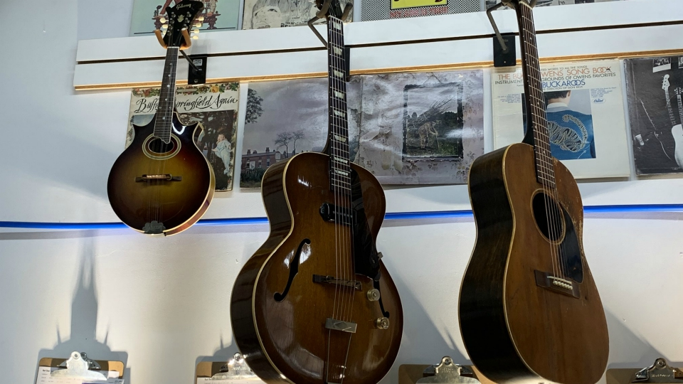 Guitars at the Kal-Tone Musical Instruments in Kalamazoo. (July 15, 2020)