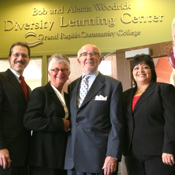 A photo of Bob Woodrick and Aleicia Woodrick (center). Courtesy of the Grand Rapids Community College.