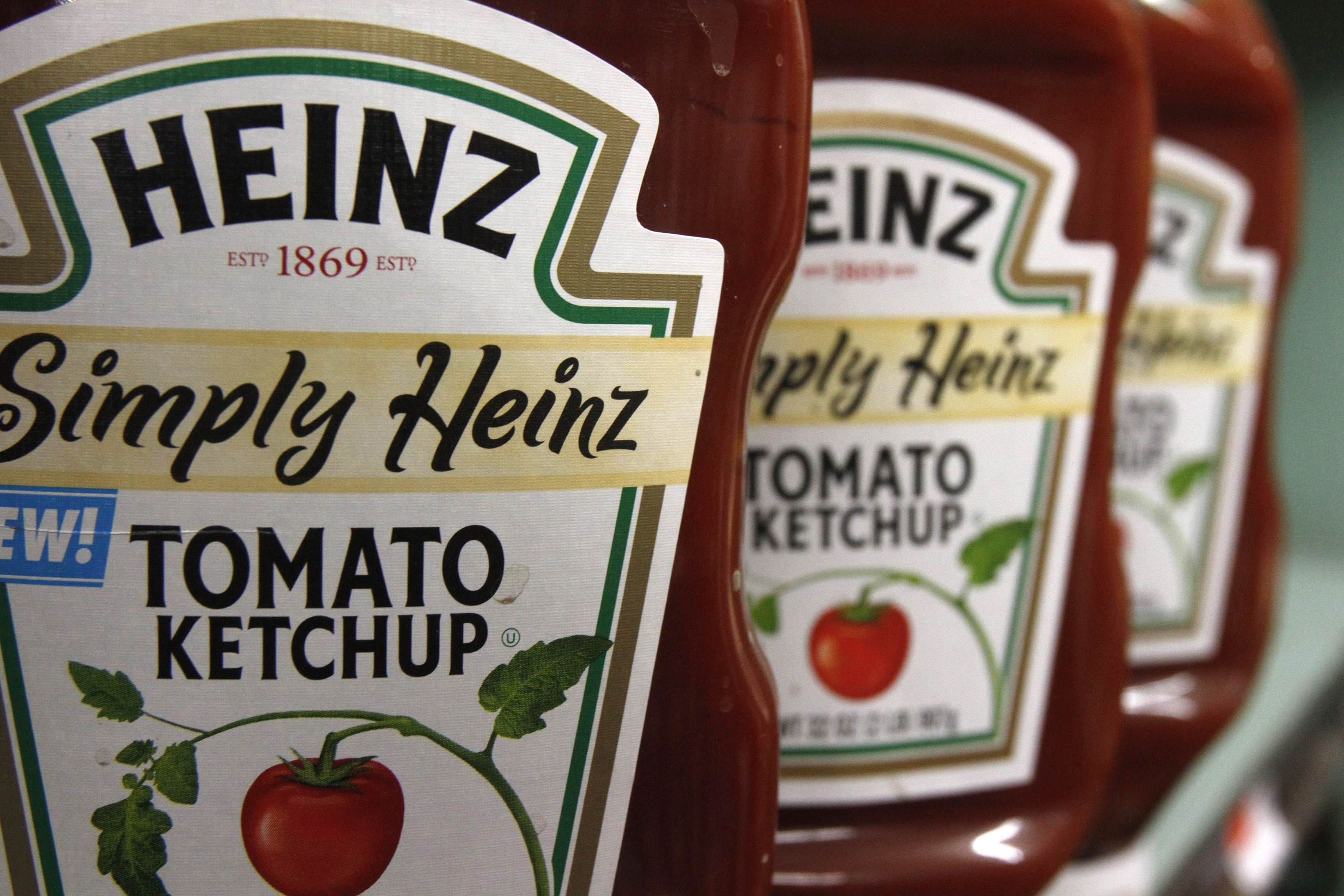 Ketchup Shortage Heinz Plans Production Of 12 Billion Packets Per Year Woodtv Com